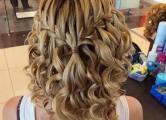 Косички водопад на средний волос