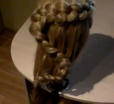 Красивая греческая коса