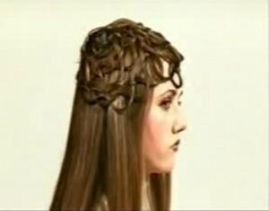 Прическа из кос на длинные волосы