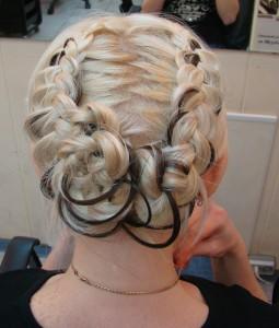 Французские косы на короткие волосы