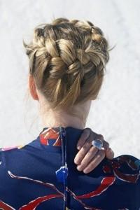 Плетение греческой косы