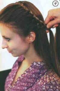 Коса змейка на распущенных волосах