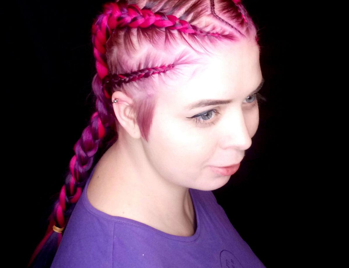 Боксерские косы с цветным канекалоном