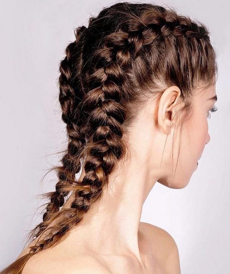 Быстрая прическа — коса перевернутый колосок
