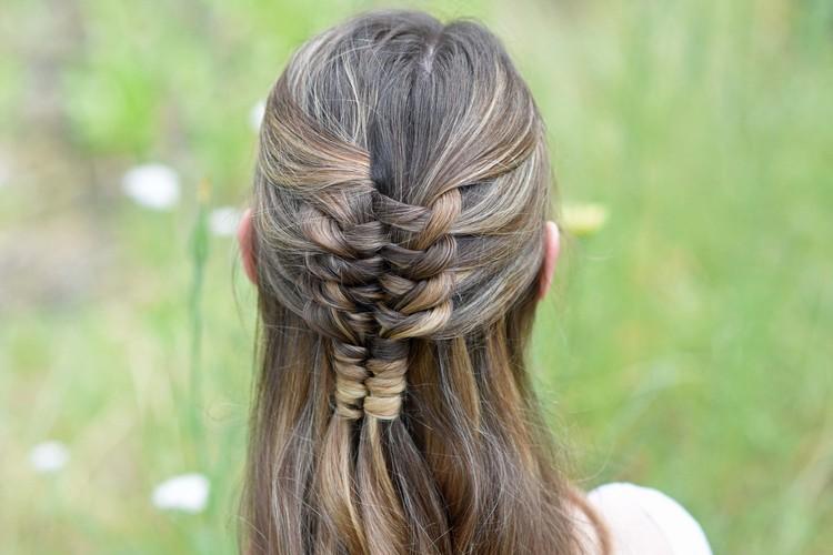 Коса бесконечность из волос