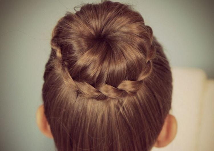 Коса бублик в школу для подростков