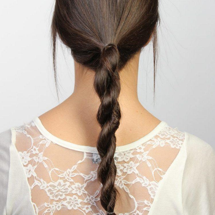 Коса-жгут на средние волосы