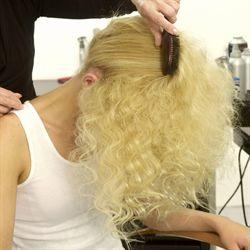 Косы на кудрявые волосы - фото схема