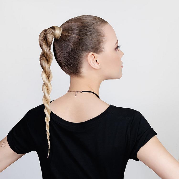 Модная коса на средние волосы