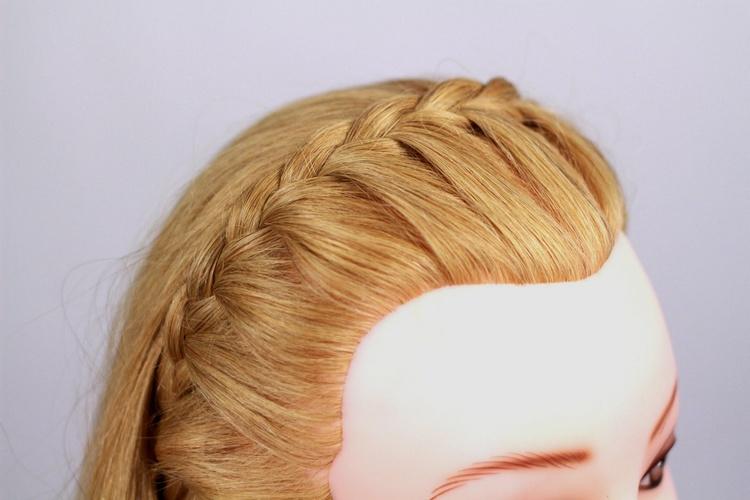 Оригинальная коса-обруч