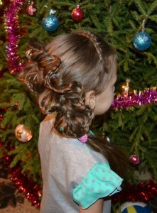 Плетем красивые прически на праздник