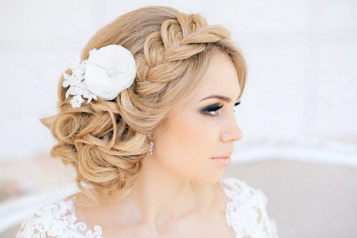Прически из косичек на свадьбу