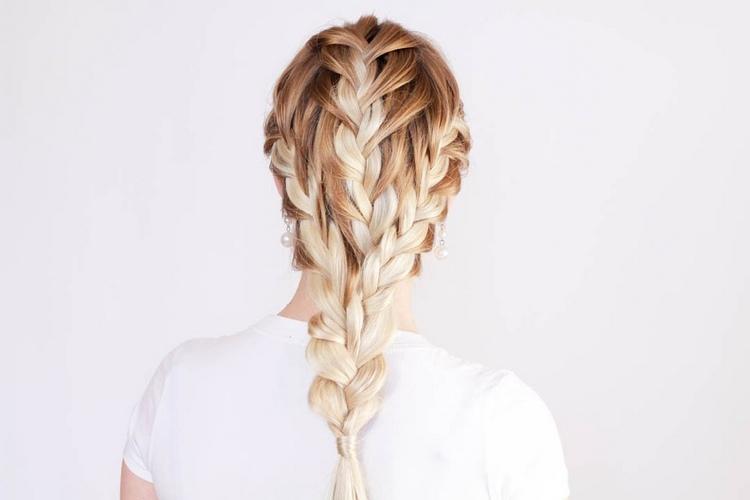 Простая коса из трех кос