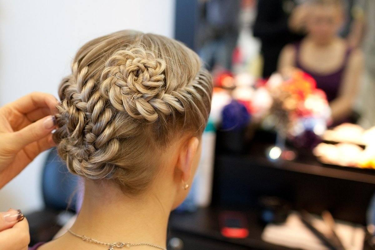 Сложные косы на средние волосы