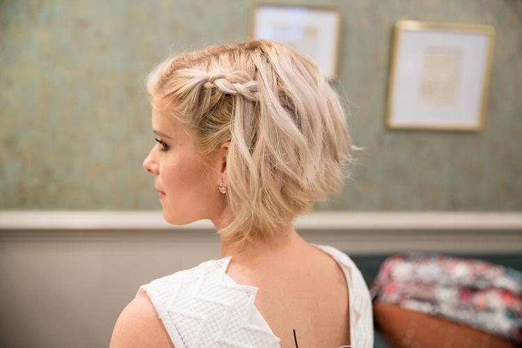 Свадебные косы на короткие волосы