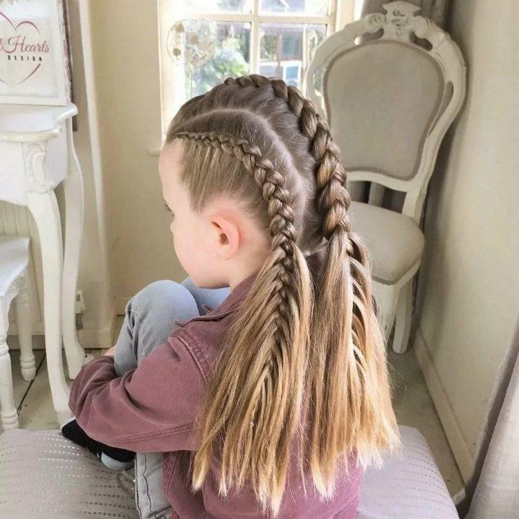 Три косы для девочки в школу